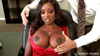 hot black babe gets her tits licked