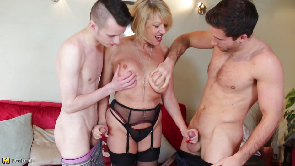 Hot milf fucked in the ass