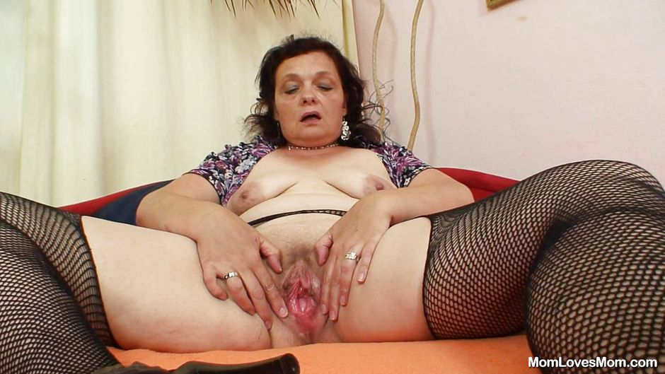 Секс Брюнетки Бабки