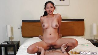lusty filipina chick wants to get laid