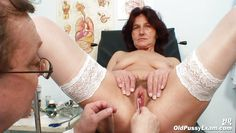 Mature mom luciane suck and fuck lucky son - 3 9