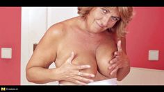 agneta is a blonde slut who masturbating with great pleasure