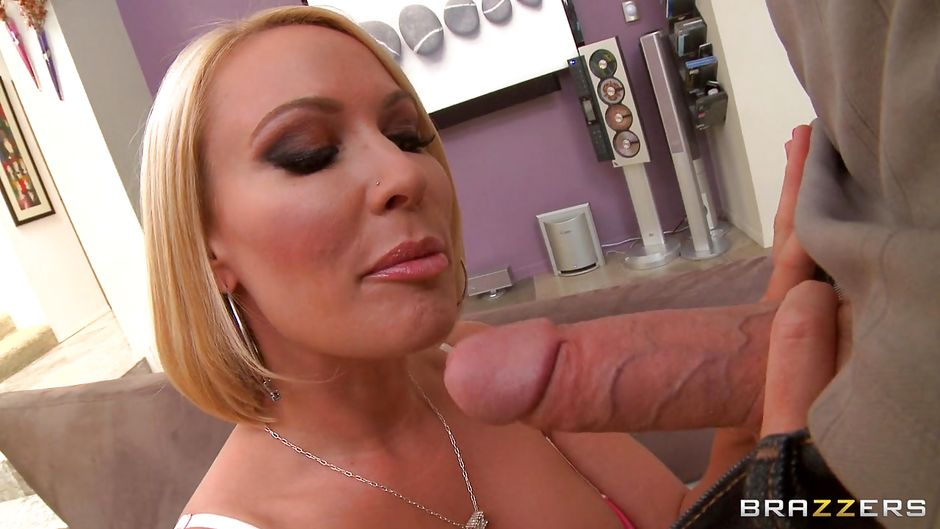 Blonde Milf Blowjobs