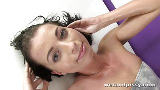 leyla has a fetish for piss