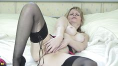 mature blonde jane having fun