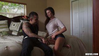 kelsey jones seduce to suck