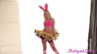 naughty bunny aaliyah love foto session