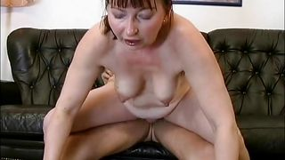 mature slut know how to ride a cock