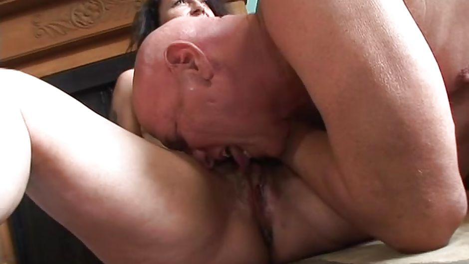 Grandpa eats pussy