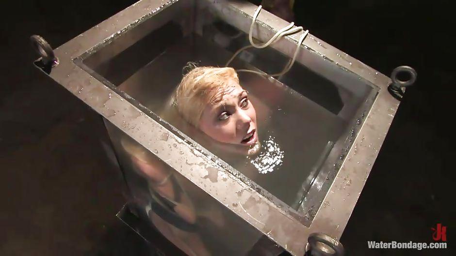 Amanda en el agua 2 amanda x - 3 7