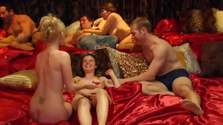 sexforum tv swinger house party