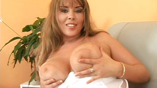 czech blonde plays with her jugs