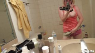 penny paxfilms her self in the bathroom