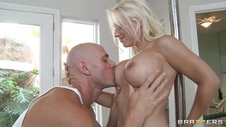 pole dancing blonde sucks cock