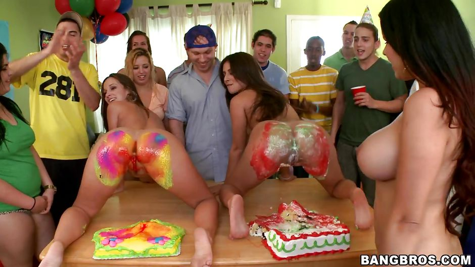 Naked Wild Women In Party Clips 72