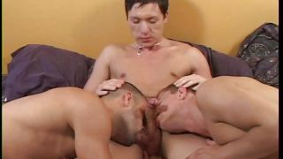 gay threesome with lot of sucking