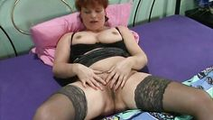 chubby mature lady fingering her pussy like hell