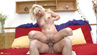 lea is a horny mature slut that ride a long cock