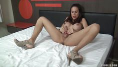 hot amateur shemale playing with her cock