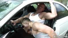 hunk getting sucked in his car