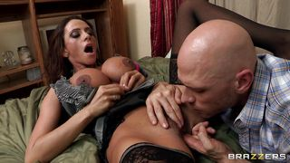 brunette milf getting her pussy licked