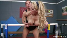 blonde hottie fucking in the gym room