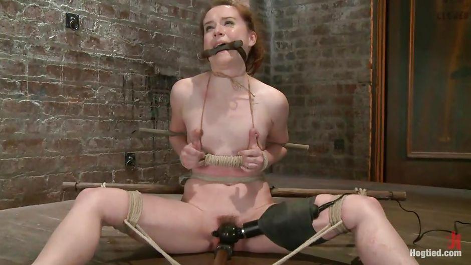 Порно старая рабыня