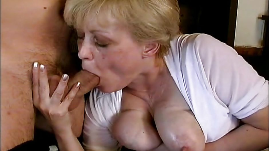 blonde mature sucking a shaved dick in a pub hd from