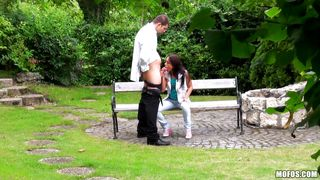 cutie sucking a stranger in the park