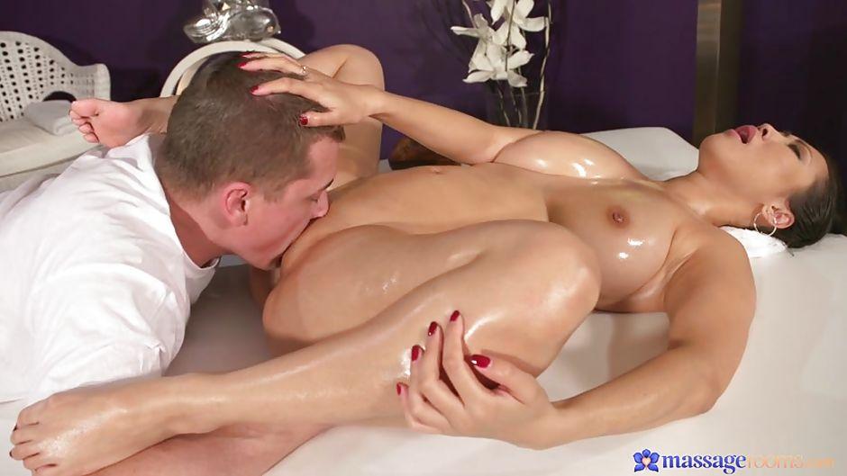 порно в возрасте массаж азия