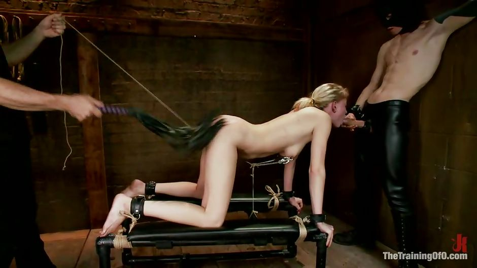 Slave ashley graham bdsm torture and squirting in bondage - 3 7