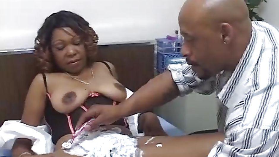 Black womens pussys — photo 3