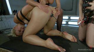 lesbian sluts addicted to bondage