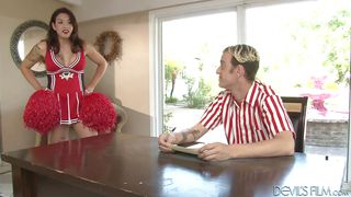 he sucks off the cheerleader @ transsexual cheerleaders #15