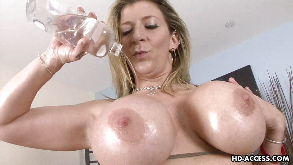 FlyFlv. Pour Some Oil On Those Big Old Titties