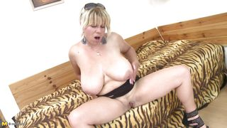 solo and horny mature