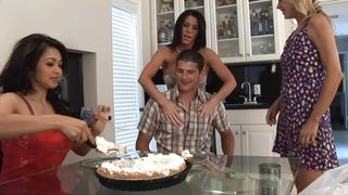guy gets a pie and blowjob for birthday