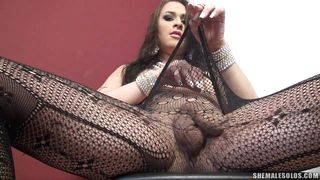 sexy transsexual masturbates her thick cock