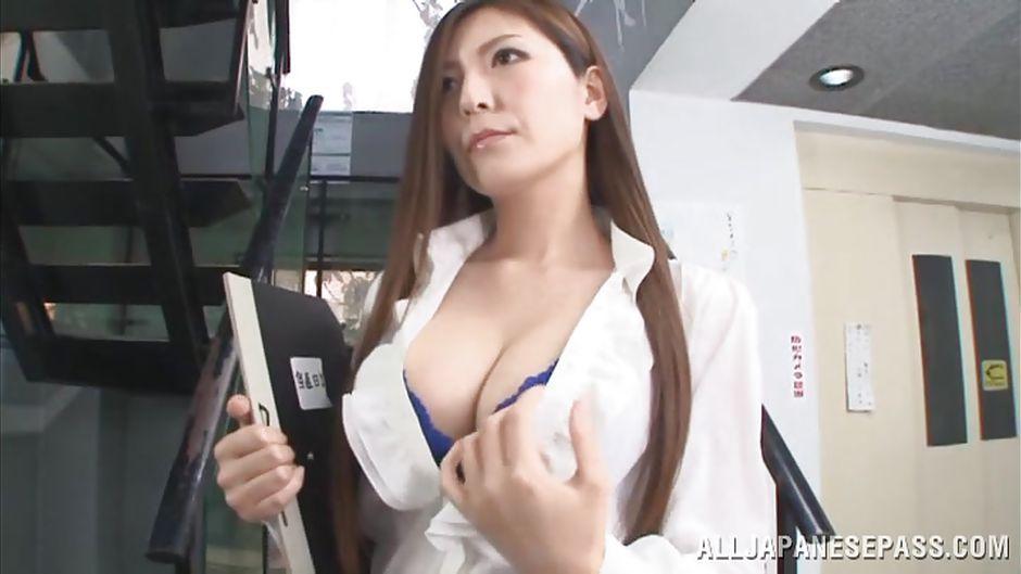 Sakura hirota gets cum on mouth after fuck 2
