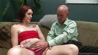 tranny slut does the job @ filthy shemale sluts #14