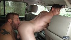 jack pays the cab fare with his ass
