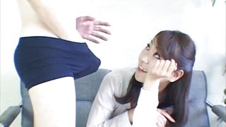 sexy japanese babe sucks dick