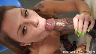 scarlett wild sucks black gloryhole cock