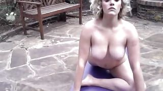 sexy blonde babe's naked workout