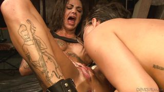 horny lesbians drill each others' holes with dildo @the destruction of bonnie rotten
