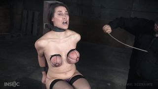 slutty rylie gets bonded and used