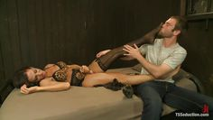 male slave sucks tranny cock and toes