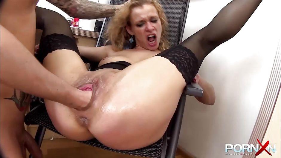 Free videos of girls pissing pants