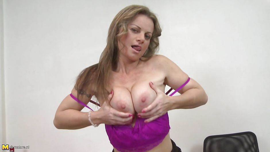 solo-woman-xxx-boob-videos-shrek-wife-porn