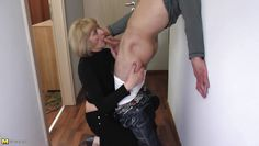 slutty mature lady blows a guy